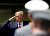 Hàng trăm cựu lãnh đạo quân đội ủng hộ, cú hích cho ông Trump
