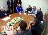 Tổng thống Belarus vào trại giam gặp các nhân vật đối lập
