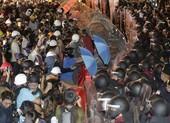 Người biểu tình Thái Lan: Thủ tướng có 3 ngày để từ chức