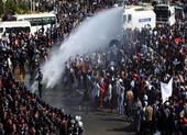 EU trừng phạt 10 quan chức, 2 tập đoàn Myanmar