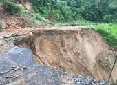 Phó Thủ tướng: Khẩn trương ứng phó với mưa lũ kéo dài