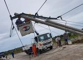 Điện lực Thừa Thiên – Huế nói về việc 272 cột điện bị gãy