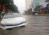 Mưa lớn xuyên đêm, Đà Nẵng chìm trong biển nước