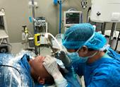 Gắp con đỉa dài 4 cm từ cổ họng bệnh nhân