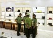 Cửa hàng phục vụ 'tour 0 đồng' bán hàng hiệu nghi nhái