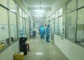 6 người bay cùng bệnh nhân thứ 17 âm tính với COVID-19
