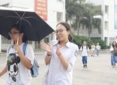 Thi lớp 10 ở Hà Nội: 'Chưa thấy đề tiếng Anh nào dễ như vậy'