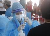 Sau vài ngày tiêm trên diện rộng, Bình Dương xin thêm 1 triệu liều vaccine