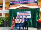 Trao huy hiệu 'Tuổi trẻ dũng cảm' cho 3 em cứu người đuối nước