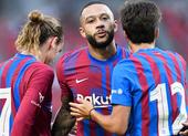 Tân binh Depay tiếp tục ghi bàn trong chiến thắng 3 sao của Barca