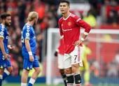 Ronaldo bị phê phán chơi bóng ích kỷ