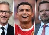 Sốc: Man United ký hợp đồng với Ronaldo trong sân vườn