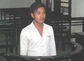 Tin bạn gái bảo đã 18 tuổi, nam thanh niên đi tù