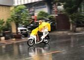 TP.HCM được giải nhiệt sau cơn mưa trái mùa