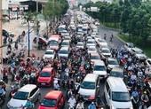 Cấm ô tô rẽ trái vào đường Nguyễn Hữu Cảnh