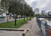 Bị phạt vì câu cá, không đeo khẩu trang ở kênh Nhiêu Lộc