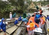 Ngày 21-10: Có thêm hơn 150 triệu đồng giúp miền Trung vượt lũ
