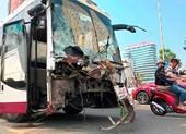 Xe khách gây tai nạn liên hoàn ở Đà Nẵng