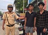Trên đường giải quyết tai nạn, CSGT tóm gọn 2 kẻ trộm xe