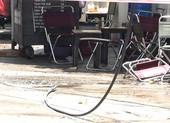Ngồi uống cà phê, người đàn ông bị dây điện rơi giật chết