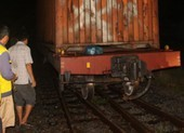 Trắng đêm giải cứu tàu hỏa trật bánh ở Biên Hòa