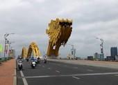 Đường phố Đà Nẵng vắng ngắt, không bóng dáng taxi