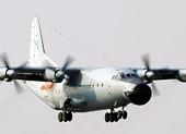 Rơi máy bay quân sự Trung Quốc, 12 người tử nạn