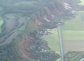 Nhật: Động đất gây lở đất, hàng trăm người bị thương, mắc kẹt