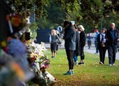 New Zealand: Nuôi chó cũng phải đăng ký nhưng súng thì không