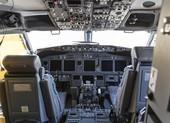 Phi công gắn camera nhà vệ sinh, truyền trực tiếp vô buồng lái