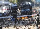Hong Kong: Cảnh sát lần đầu dùng thiết bị âm thanh tranh cãi