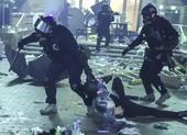 Hong Kong: Còn chừng 300 người kẹt trong trường đại học