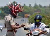 Cảnh sát Ấn đổi chiến thuật kiểm soát phong tỏa từ rắn qua hài