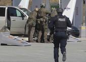 Giả làm cảnh sát bắn chết 17 người ở Canada