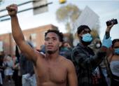 Lo ông Trump 'liên bang hóa' Vệ binh Quốc gia xử lý biểu tình