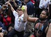Biểu tình Mỹ lúc này: Hòa bình ban ngày, bạo động ban đêm