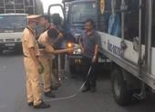 Tai nạn ô tô liên hoàn trên xa lộ Hà Nội