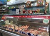 Ông lớn bán thịt heo tận nhà cho khách hàng