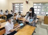TP.HCM: Trường học không được sử dụng nón ngăn giọt bắn