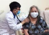 TP.HCM: 52 cơ sở khám chữa bệnh cho người cao tuổi tại nhà