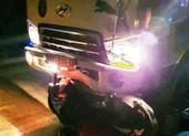 Xe tải tông vào xe máy chở ba, một người chết, hai nguy kịch