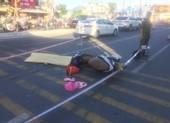Xe ben chở đất gây tai nạn, 1 nữ công nhân tử vong