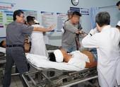 TP.HCM: Hàng chục côn đồ gây rối, bác sĩ bình tĩnh xử lý