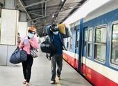 Thai phụ sinh con 3kg trên đoàn tàu đón công dân Quảng Bình về quê