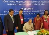 Tổng thống Ấn Độ thăm Bảo tàng điêu khắc Chăm tại Đà Nẵng