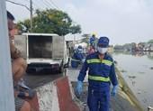 Vớt thi thể người đàn ông trên sông Sài Gòn