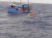 Ngư dân Quảng Ngãi cứu 32 người Trung Quốc ở Trường Sa
