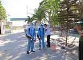 Ninh Thuận tất bật phun thuốc khử trùng chống dịch COVID-19