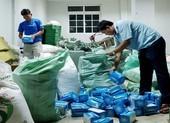 An Giang bắt 2 vụ xuất lậu khẩu trang qua Campuchia