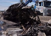 Nghi án giết vợ rồi tự tử làm hai xe tải bốc cháy